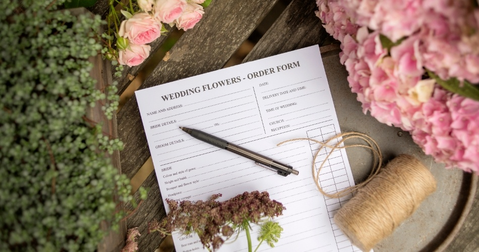 Image 2: The English Garden Florist