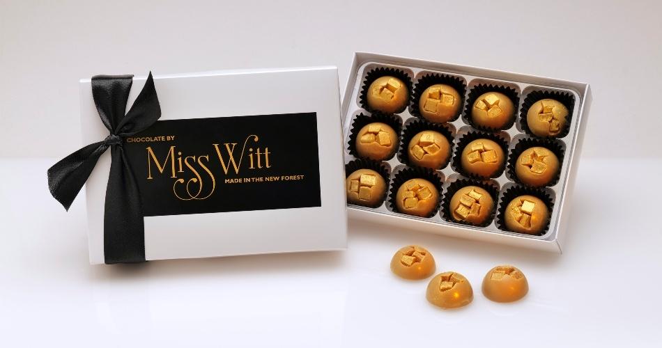 Image 2: Chocolate by Miss Witt