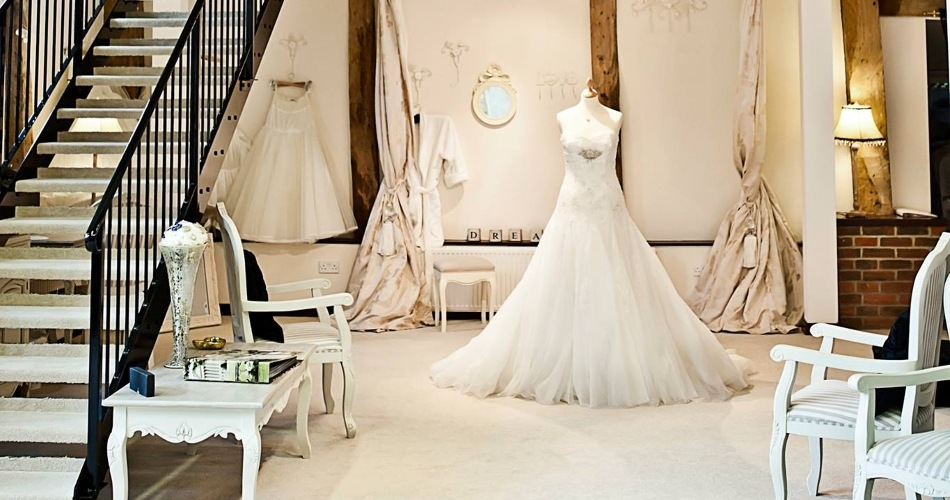 Image 2: Anya Bridal Couture