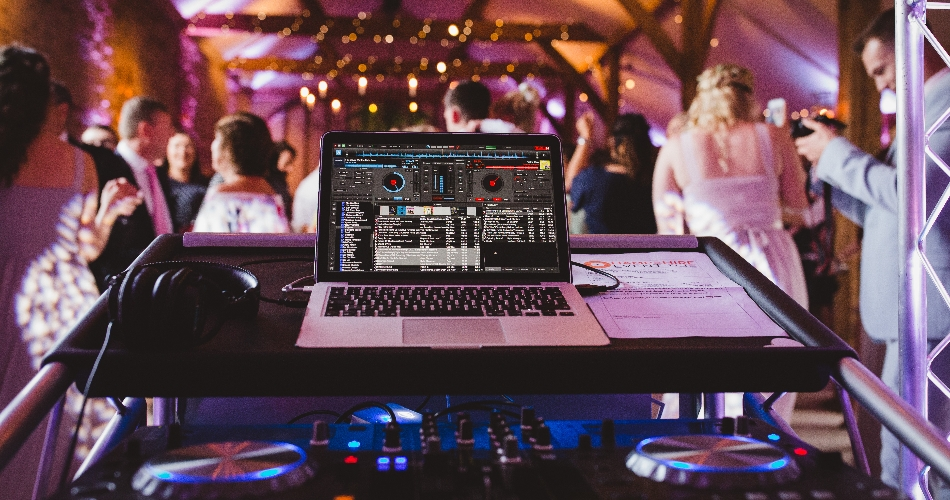 Image 2: Hampshire Event DJs