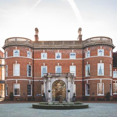 Big-day inspiration at Hampshire wedding venue