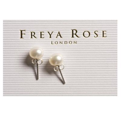 Hampshire-based bridal shoe designer Freya Rose supports NHS workers