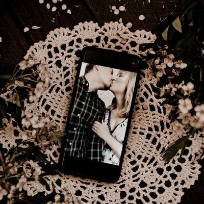 Dorset wedding photographers launch virtual couple shoots