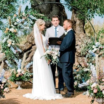 Florist to the stars, Ronny Colbie shares his advice for wedding season