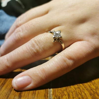 Couple gifted rare diamond ring on BBC's All That Glitters