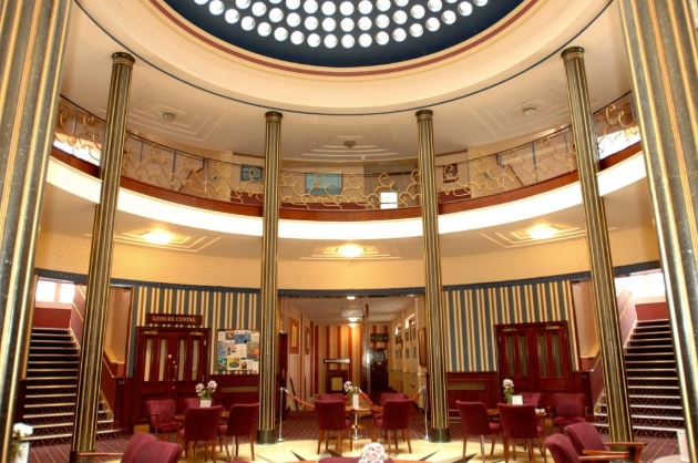 Royal Maritime Club, inside ornate